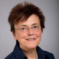Porträtfoto von Frau Voosen