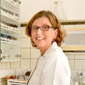 Porträtfoto von Ulrike Weissenberger
