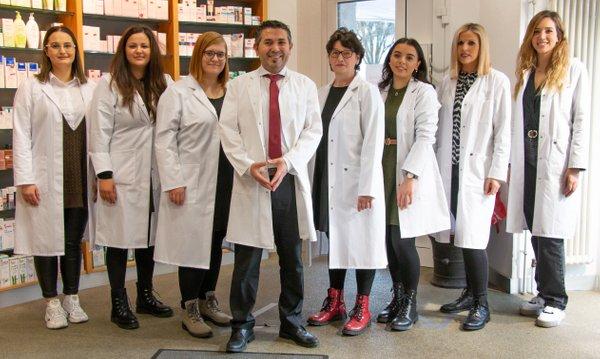 Team der Schiller-Apotheke