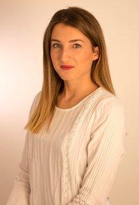 Porträtfoto von Jasmin Stolpe