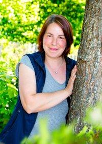 Porträtfoto von Karin Gäbelein