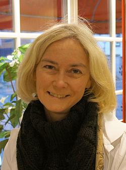 Porträtfoto von Frau Knebel