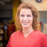 Porträtfoto von Frau Yasemin Cimen