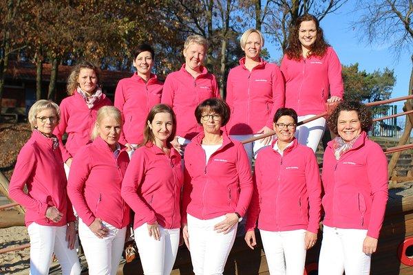 Team der Kreuz-Apotheke-Holdorf