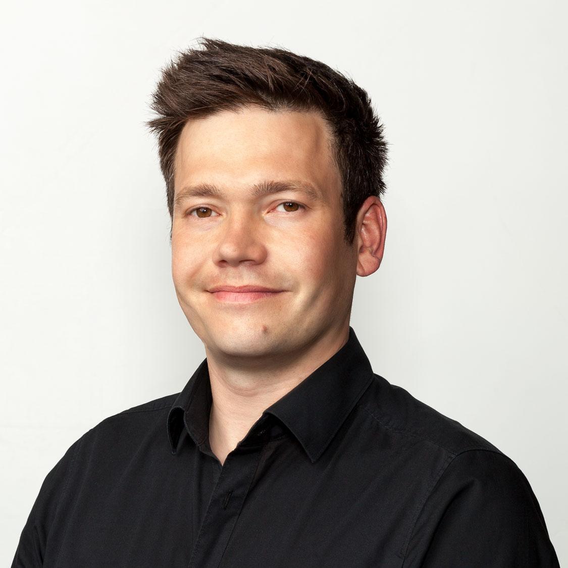 Porträtfoto von Stefan Göbel