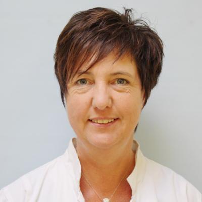 Porträtfoto von Frau Dieterle
