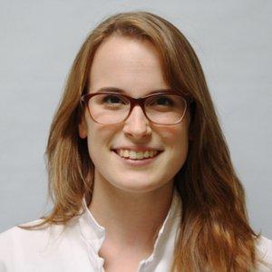 Porträtfoto von Frau Schlegel