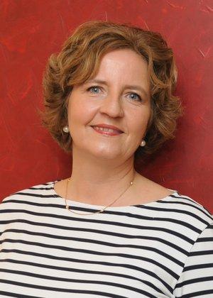 Porträtfoto von Susanne Jansen-Küpper