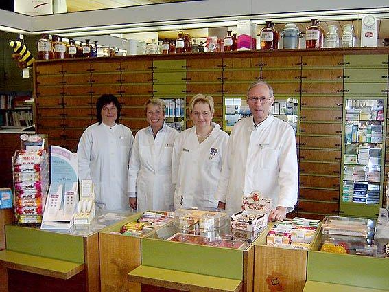Team der Bahnhof-Apotheke